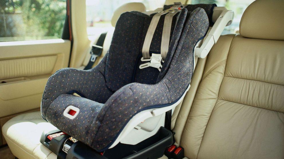 Чистка автомобильного кресла