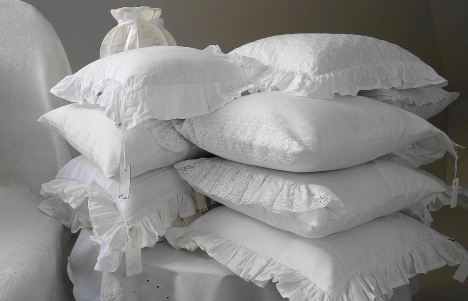 Як прати подушку з синтетичним наповнювачем