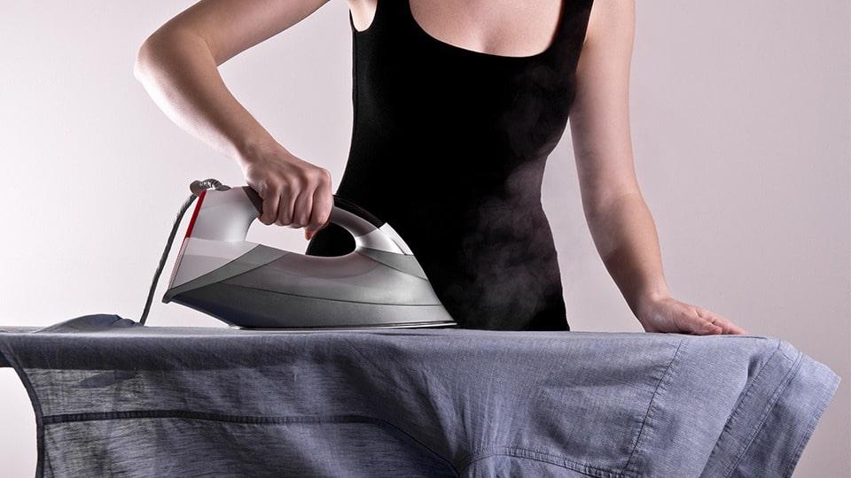 Як гладити стрейчеву сорочку